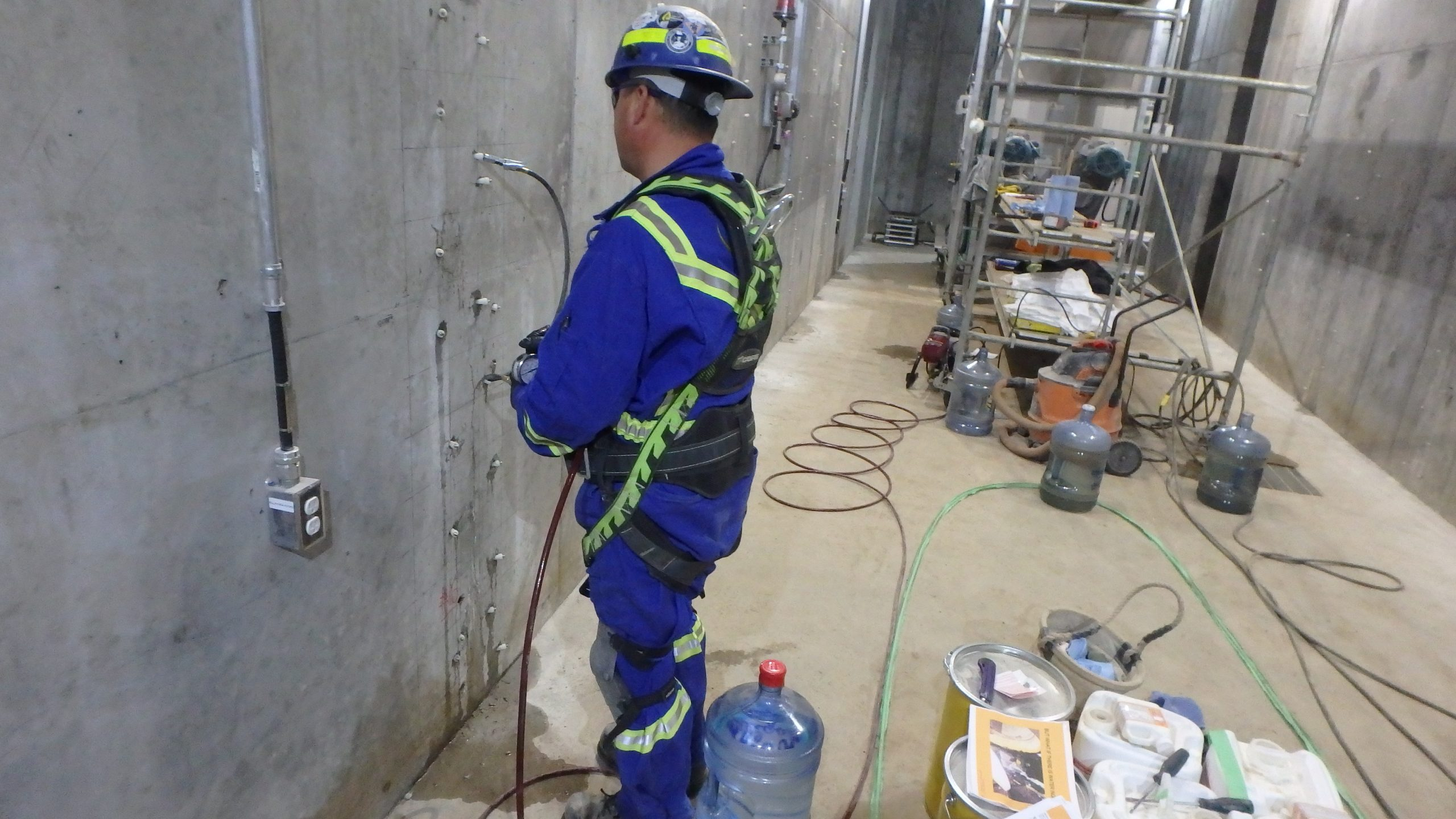 Concrete Crack Injection Grouting 1